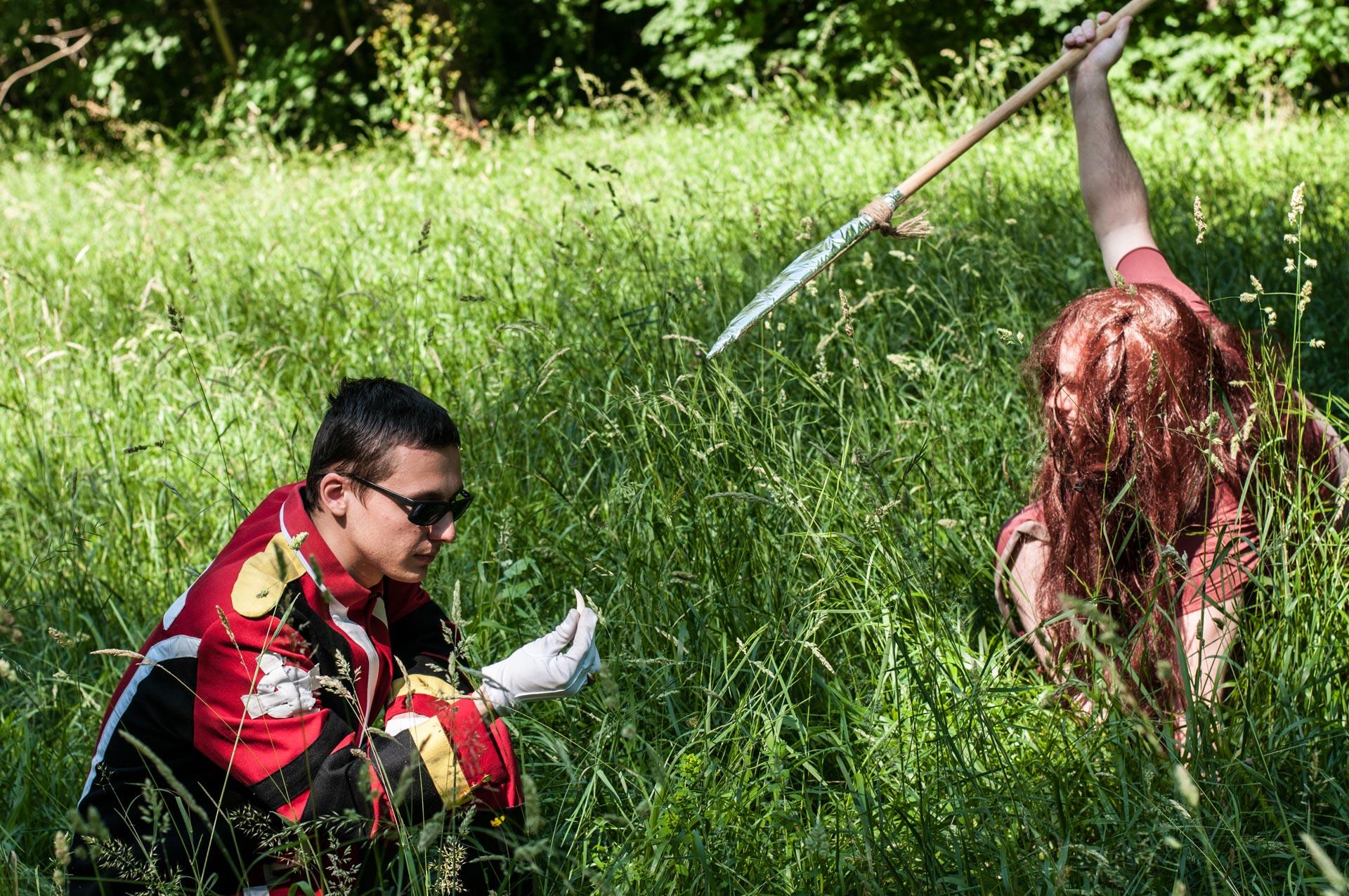 Tsukasa VS Templier au shooting cosplay avec les voyageurs